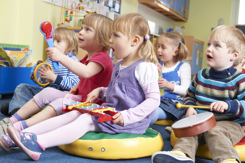 10 Fun Activities To Introduce Your Children To Music Play Like Mum